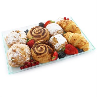 Assorted Pastries with Fruit | 8 pieces